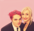 http://images4.fanpop.com/image/photos/21400000/Gerard-way-gerard-way-21486670-120-109.png