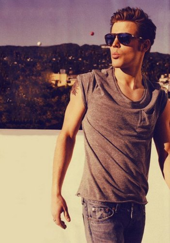 Stefan Salvatore wallpaper containing sunglasses titled HOT Paul/Stefan