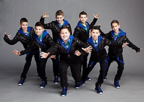 Iconic boyz (group photo)