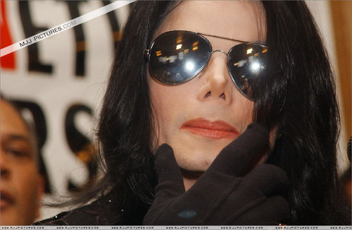 Just MJJ :D :) the king of pop