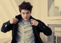 Men of Misfits [THAT Magazine - Iwan Rheon] - misfits-e4 photo