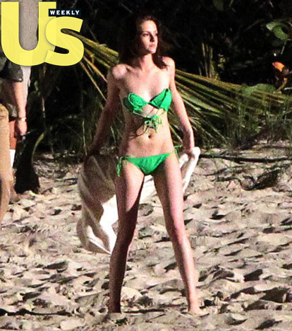 più Robsten Pics From BD Shooting at St.Thomas