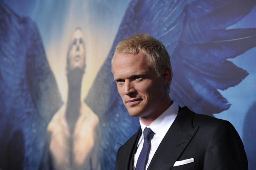 paul bettany long hair