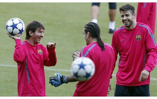 Piqué and Messi like it shakira
