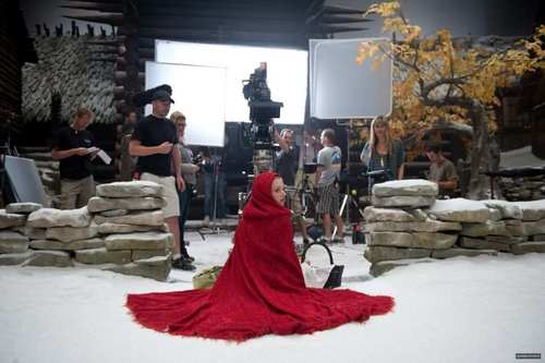 Red Riding hud, hood Behind The Scene
