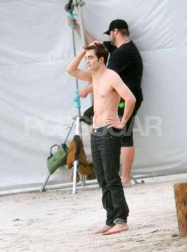 Robert Pattinson & Kristen Stewart wallpaper possibly with skin titled Rob & Kristen Filming Breaking Dawn at St. Thomas [HQ]