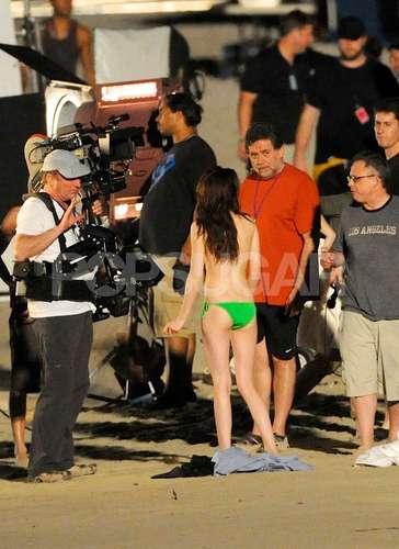 Rob & Kristen Filming Breaking Dawn at St. Thomas [HQ]