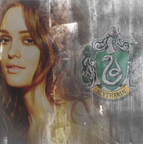 Sort of Blair Waldorf - Slytherin
