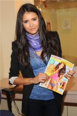 Stills of Nina on the PIX Morning tunjuk in NY [27/04/11]!