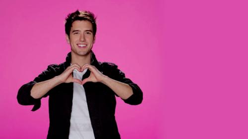 We amor we amor Logan