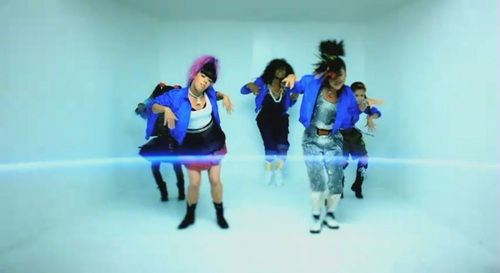 Whip My Hair [Music Video] - willow-smith Screencap