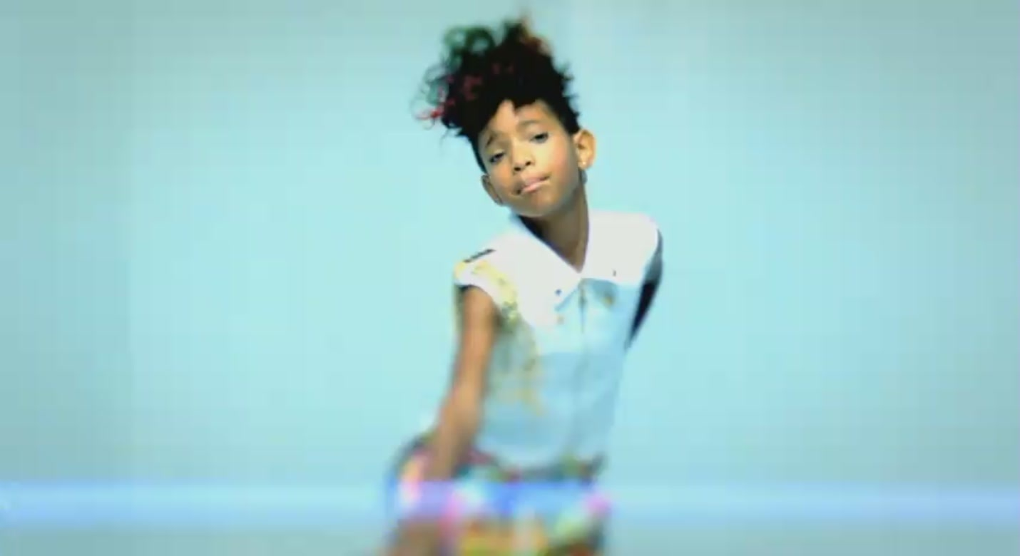 willow smith hairstyles in whip my hair thepixinfo