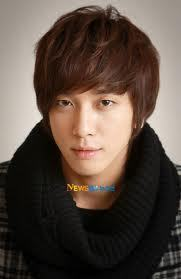 the hot jung yong hwa