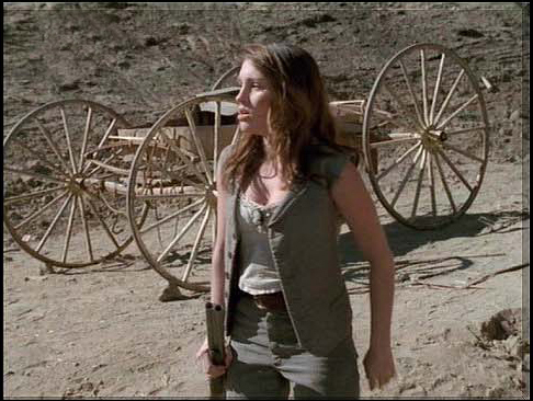 Amy Jo Johnson achtergrond with a chuck wagon entitled Amy Jo Johnson Elizabeth Kennedy