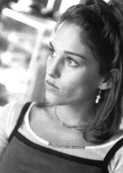 Amy Jo Johnson Julie Emrick