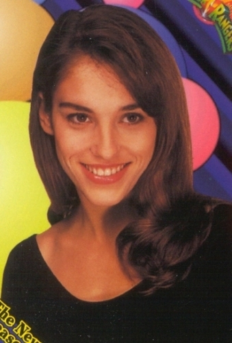 Amy Jo Johnson fond d'écran probably containing a portrait called Amy Jo Johnson Kimberly