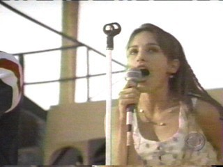 Amy Jo Johnson wallpaper probably containing a concert, a holding cell, and a penal institution called Amy Jo Johnson Nanci Nevins