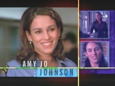 Amy Jo Johnson wallpaper probably containing a television receiver and a portrait titled Amy Jo Johnson Stacy Reynolds