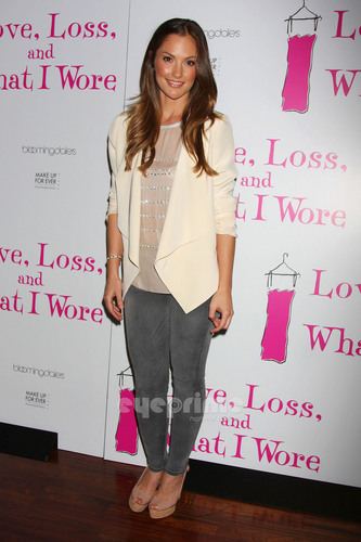 minka kelly fondo de pantalla containing a well dressed person, an outerwear, and a pernera del pantalón, pata de pantalón, pantleg entitled AnnaLynne and Minka at Love, Loss, and What I Wore Cast Member Party in NY, Apr 28