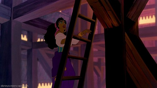 Disney Females wolpeyper containing a gilotina called Esmeralda