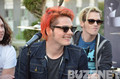 Gerard Way is Smiling!!! - the-killjoys photo