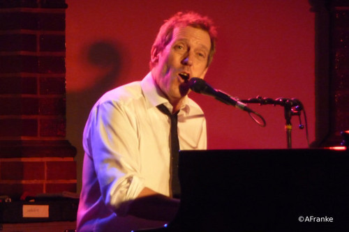 Hugh Laurie-Concert in Hamburg, Germany on the 27th of April 2011