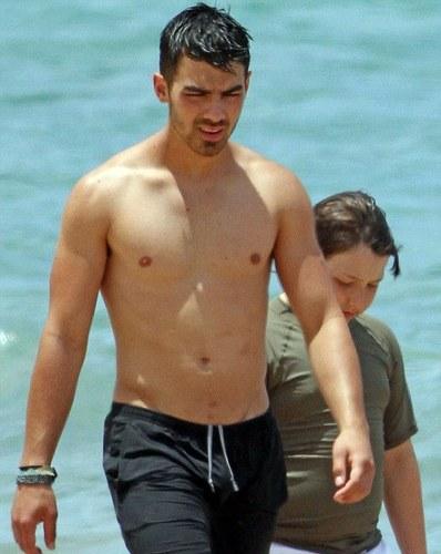 Jonas Brothers in Hawaii