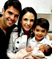 Kaka,Carol,Luca &amp; Isabella :) Perfect family! - ricardo-kaka photo