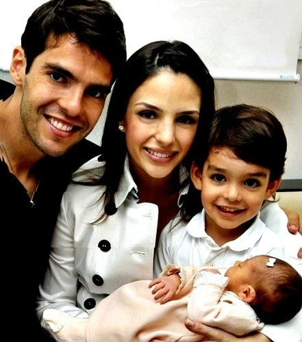 Kaka,Carol,Luca & Isabella :) Perfect family!