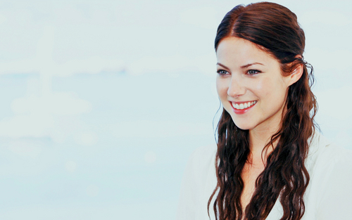 Laura @ Middle Men Photocall - Cannes Film Festival 2009 - laura-ramsey Wallpaper