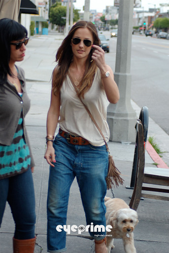 Minka Kelly wallpaper containing sunglasses titled Minka Kelly meets with Dad in West Hollywood, Apr 22