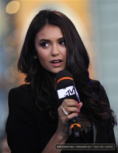 Nina @ the Seven (MTV)