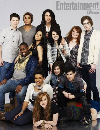 Oxygen's 'The ग्ली Project' contestants