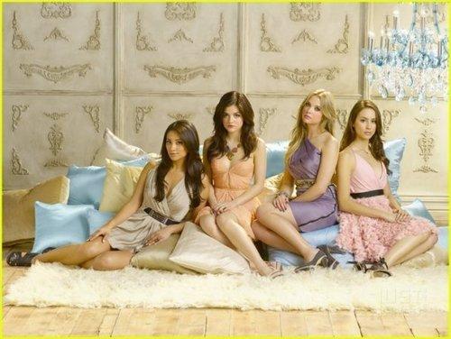 PLL Promotional 사진 Season 2