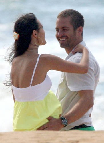 Paul and Jordana Filming Fast Five