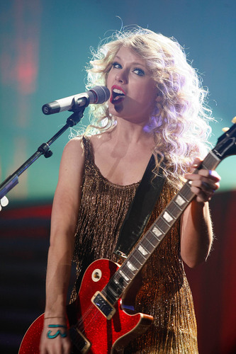 Speak Now World Tour: Madrid, Spain [March 19th, 2011]