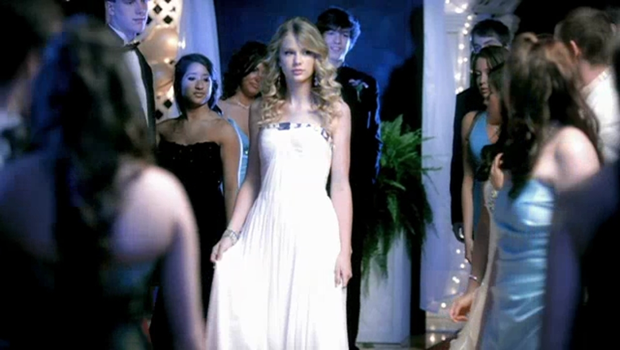 Taylor Swift You Belong With Me Music Video Taylor Swift Image 21519655 Fanpop