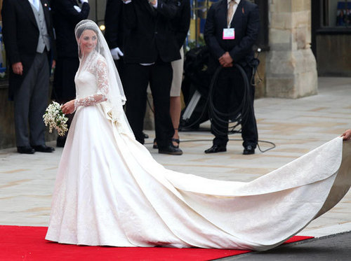 威廉王子与凯特·米德尔顿 壁纸 probably containing a bridesmaid titled The Royal Wedding