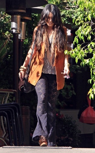 Vanessa out in Sherman Oaks