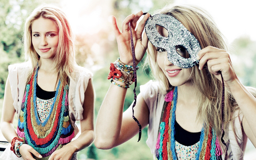 Dianna Agron wallpaper titled dianna wall