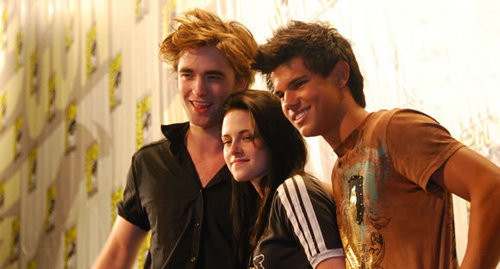 Twilight characters wallpaper titled kristen, Taylor and Rob