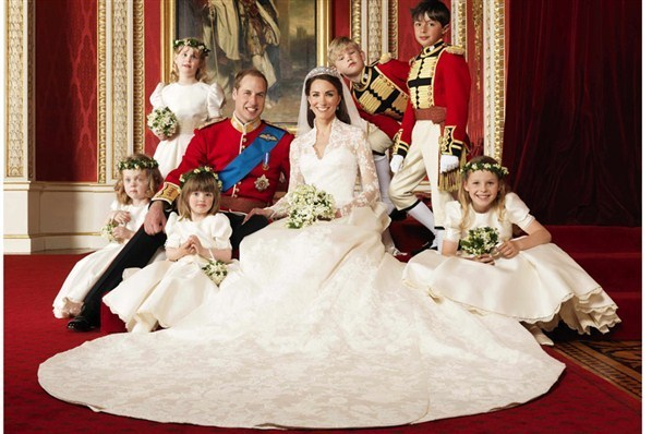william kate Page boys and bridesmaids the royal wedding 21579462 598 398 - Kate Wills Wedding