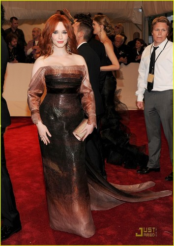 "Christina Hendricks wallpaper titled ""Alexander McQueen: Savage Beauty"" Costume Institute Gala At The Metropolitan Museum Of Art"
