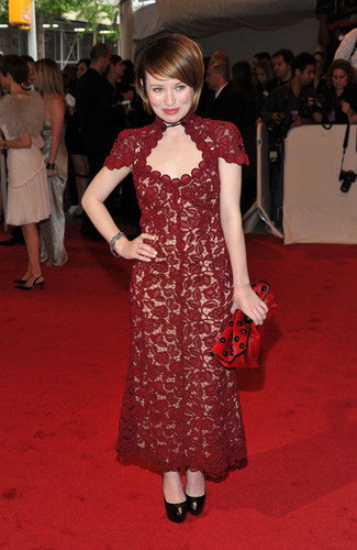 "Emily Browning wallpaper called ""Alexander McQueen: Savage Beauty"" Costume Institute Gala At The Metropolitan Museum Of Art"