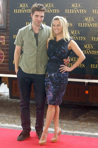 """""""Water For Elephants"""" Barcelona Press Conference [HQ]"""