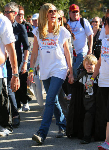 April 30: Children's Hospital Los Angeles 5K Walk And Street