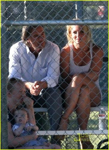 Britney Spears: St. Bernard Project Ambassador!
