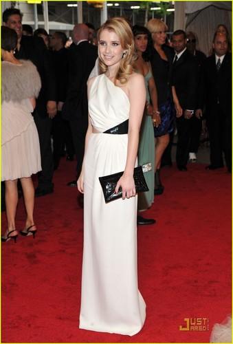 Emma Roberts - MET Ball 2011