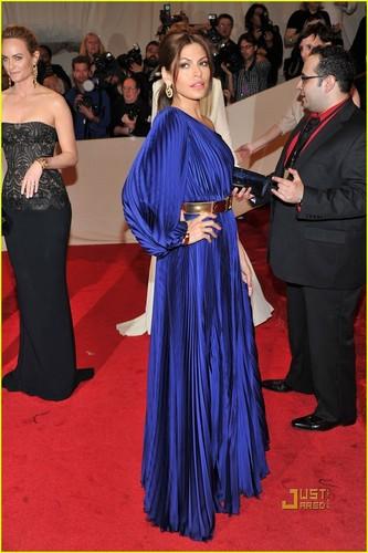 Eva Mendes - MET Ball 2011
