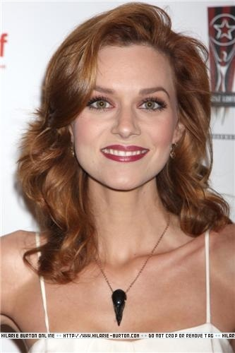 Hilarie полиспаст, бертон AtThe 26th Annual Lucille Lortel Awards